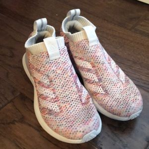 Pull-on colorful Adidas girls 4.5